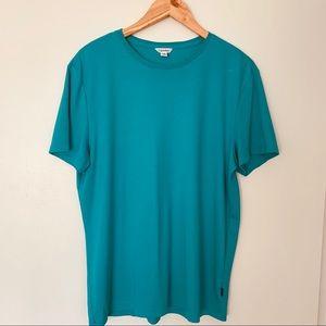 Calvin Klein  women T-shirt size Large